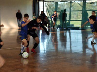 junior futsal action.1
